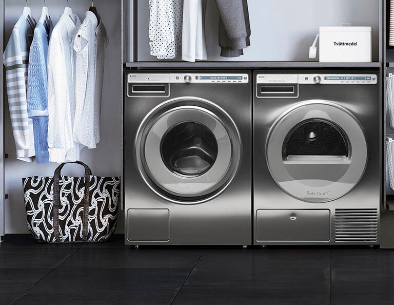 ASKO Waschkueche mit Waschmaschine und Trockner