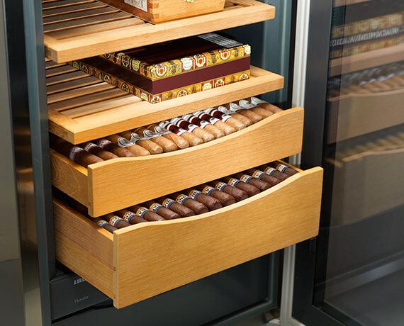 Liebherr Humidor für die optimale Zigarrenlagerung